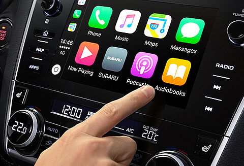 Apple CarPlay and Android Auto™